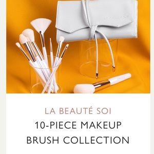 Causebox La Beauté Sol Makeup Brushes